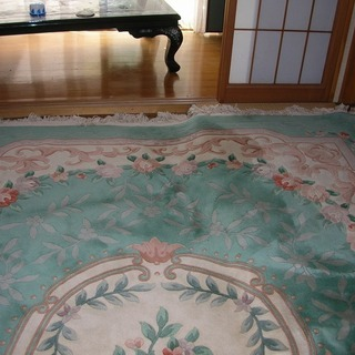 (お話し中) 中国製段通のカーペット差し上げます。