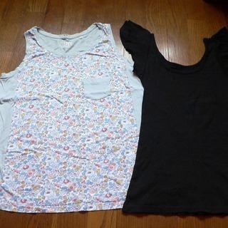 Tシャツ・ノースリーブ・2枚セットで・古着ですがどうぞ♪