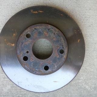 AZR60ノア ブレーキローター(フロント2枚)