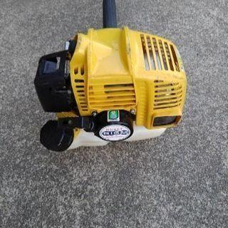 草刈り機械