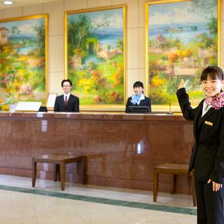 【手当て充実】洗練されたリゾートホテルでフロントスタッフ募集!