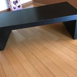 テーブル、テレビ台、物置