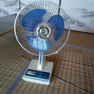 昔ながらの昭和扇風機