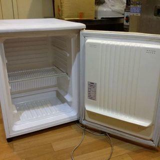 タテ型 前開き 冷凍庫 冷凍専用 ストッカー コンパクト56リッ...
