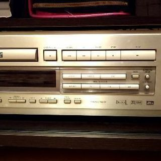 【サラウンドアンプ内蔵DVDシステム】ONKYO DR-90
