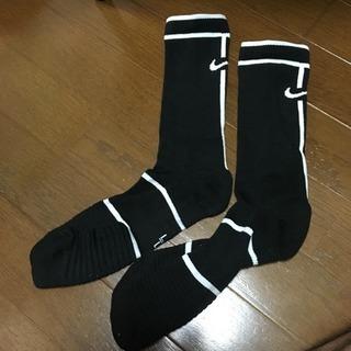 美品!NIKE ソックス 25-27センチ 黒×白