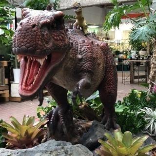 赤塚植物園で恐竜が大暴れ中!!!! - 展示会