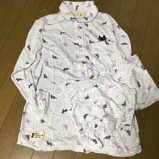 新品未使用   可愛いネコの長袖パジャマ上下セット