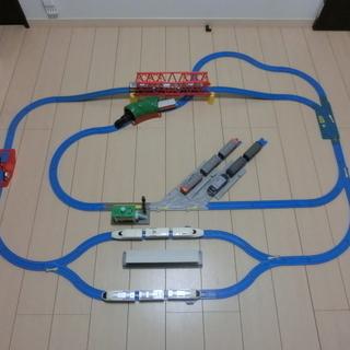 プラレール 初心者向けのベーシック車両6編成セット2