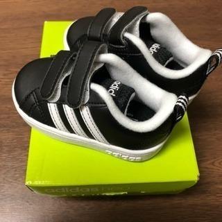 新品 レア adidas ベビーシューズ