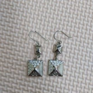 &byPinky&Dianne  ラインストーンピアス