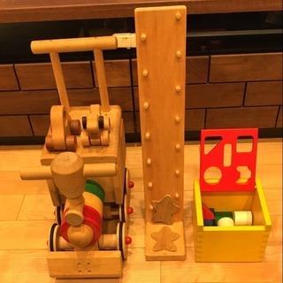木製玩具 手押し車 カタカタ ブロック遊び