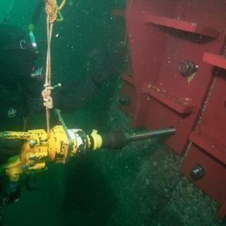 潜水士。潜水士見習い。未経験者歓迎、昇給有り