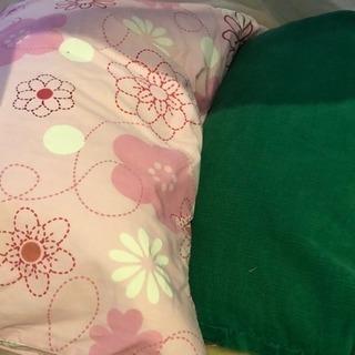 値下げ◾️まくら 2つセット 花柄カバー 緑