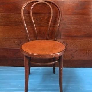 木製の椅子、アンティーク、チェコ製