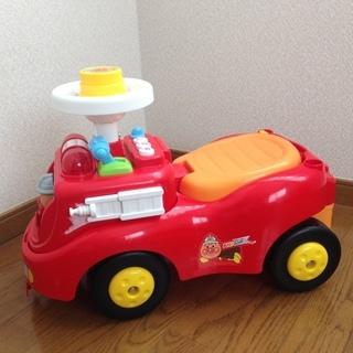 アンパンマン 乗用玩具 くるま じゃかじゃか消防車