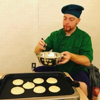 外国人シェフと英語で親子クッキング体験 ~ふわふわパンケーキ~