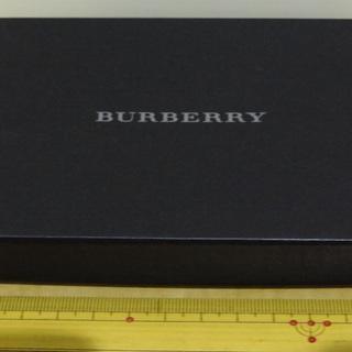 バーバリー burberry 箱