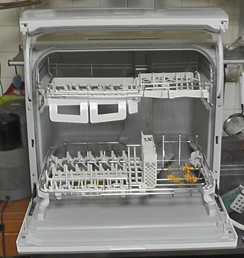 食器洗い機 panasonic np tr9 w 2016年製 815 たまプラーザの