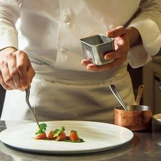 【飲食業界】プロの飲食コンサルタントと職場探し【無料】