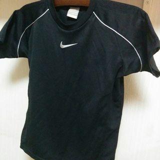 NIKE 黒のTシャツ M