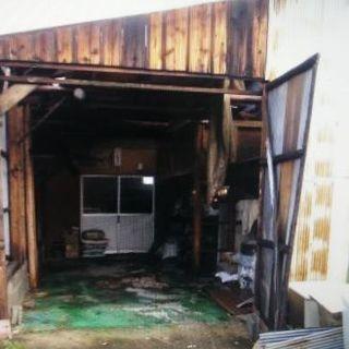 倉庫 解体 台風被害