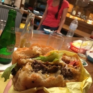 【最高においしいハンバーガー】US Burger (USバ…