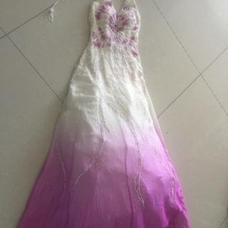 ドレス 紫