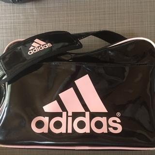 エナメルバッグ adidas