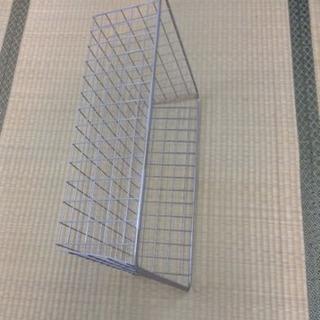 イケアのワイヤーラックの網かご 一個につき100円