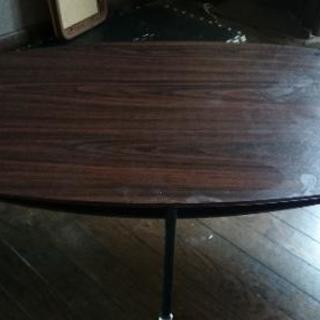 楕円型 下棚付きテーブル