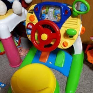 車 運転 おもちゃ
