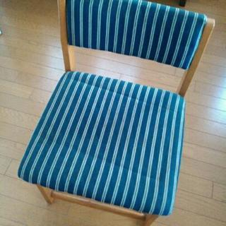 学習机の椅子