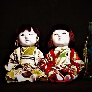 日本人形二体
