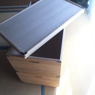 2段収納ボックス  表面材は桐  とっても軽いです!の画像