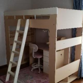 値下げ‼️値段交渉します。安心のコイズミ製 ベッド、学習机、本棚...