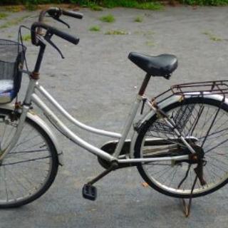 シルバー 中古自転車