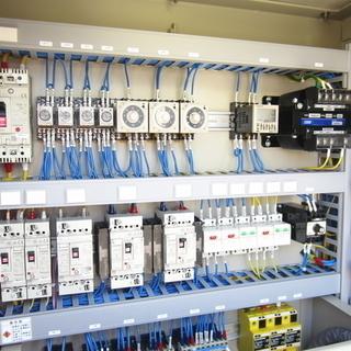 自動制御設備の設計、製作、ソフト開発、通信インフラエンジニア