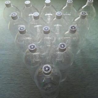 天然水の水汲みに便利 4Lペット容器 15本