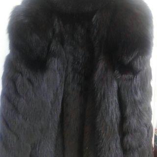 ☆(値下げしました)★ 毛皮のコート(FOX)お譲りします。