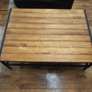 ブラック×ブラウンのローテーブルです!