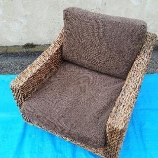 とても座り心地のよい一人掛けソファです