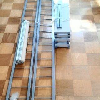 突っ張り棚 ロールカーテン付き 棚板8枚