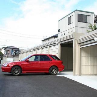 阪急石橋駅から10分の、日本一、出庫が難しい月極車庫。そのかわり、...