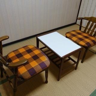 値下げ 椅子とテーブルセット