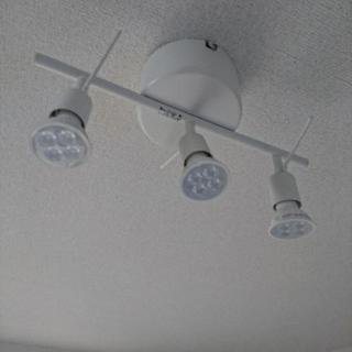IKEA天井照明LED電球付き