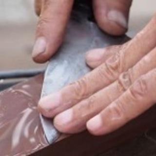 研ぎ職人が1本ずつ丁寧に。最高級の包丁研ぎ/ハサミ研ぎ