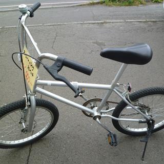 南12条店 20インチ ストリートバイク 自転車 BMX シルバー