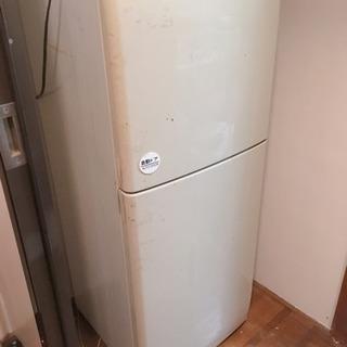 無印良品冷蔵庫(SHARP製)99年式 ジャンク品 差し上げます