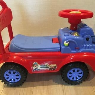 【値下げ中】西松屋で購入 車のおもちゃ、サウンドあり